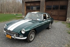 1967_MG_MGB_GT_Green_With_White_Stripes_Justin_MacCreery_000